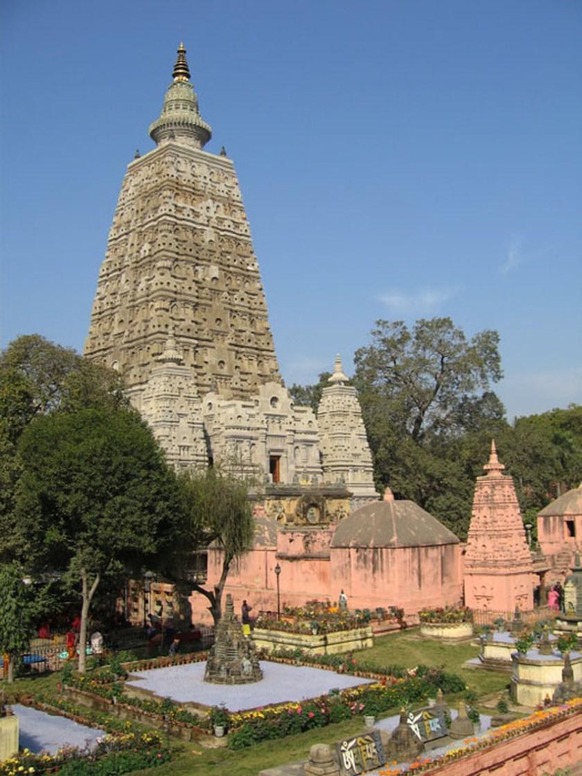 Bodhi Tree at Bodhgaya 2