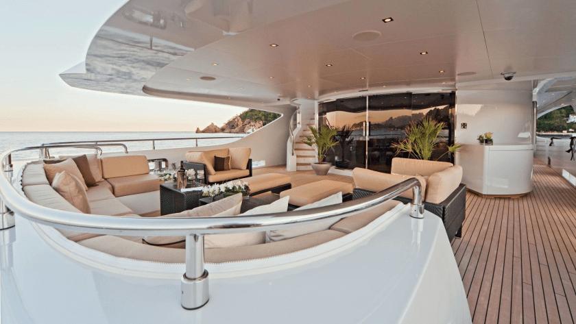 Motor Yacht MANIFIQ - Image credit to Mondomarine Superyacht