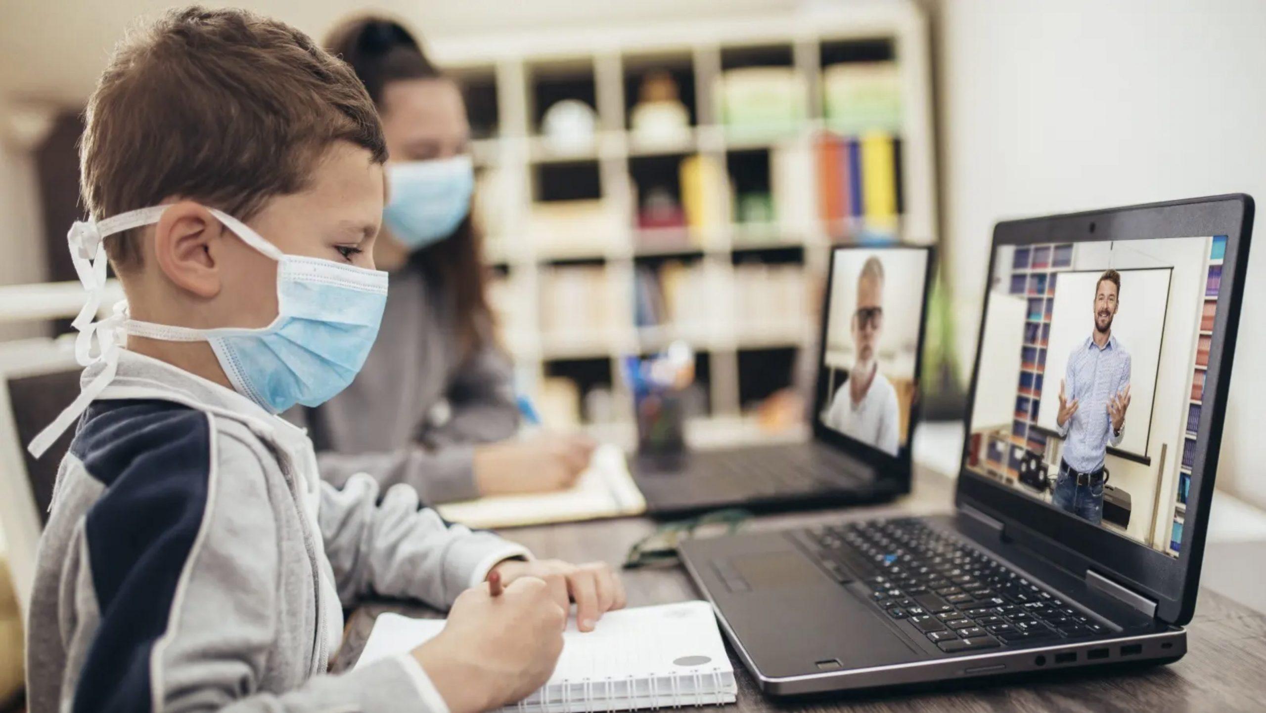 دراسة 62% من المُدرّسين غير راضين عن تجربتهم في التعليم عن بعد خلال الجائحة