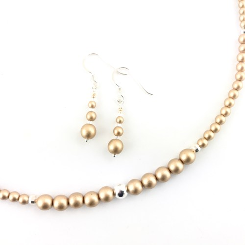 druk necklace and earrings