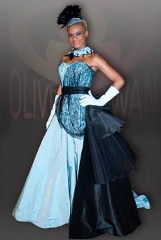 OliverSwanCoutureAH2010-11No15a