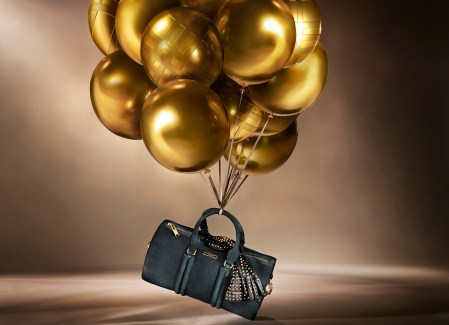 Burberry - Festive Gifts (5)