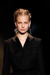 2alberta-ferretti-milan-fashion-week-fall-winter-2013