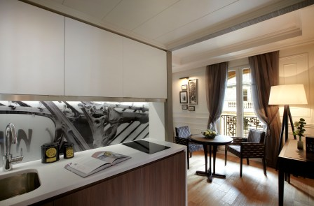 Citadines_Suites_Louvre_Paris_Executive_Suite_(Kitchen)