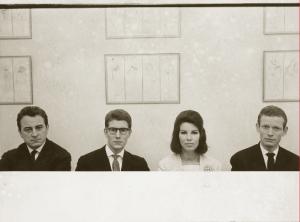 Dominique BERRETTY (1915-1981) Pierre Berger et Yves Saint Laurent, ca. 1960 Tirage argentique d'époque. Dim. : 25,2 x 30,2 cm Estimation : 150 / 200 €