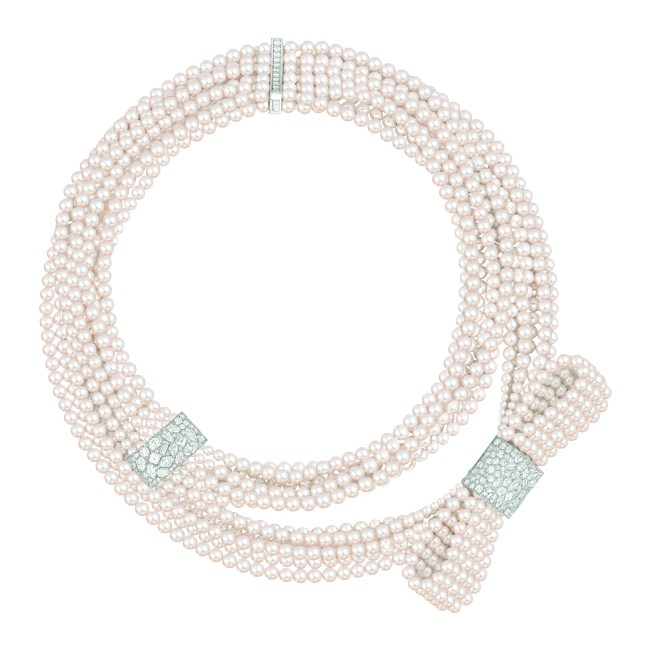 Collier White Tie Lg