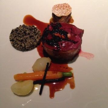 Pigeon des costieres : filets presses, foie gras, truffe noire, epices douces, tajine de legumes