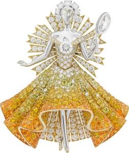 Or blanc, or jaune, diamants ronds, ovales et taille rose, grenats spessartites, tourmalines et saphirs jaunes, diamants jaunes.