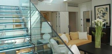 2-Diamond-suite-duplex-jacuzzi-1