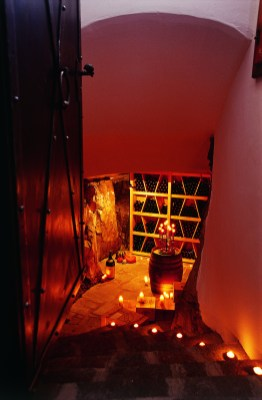 rock cellar 01