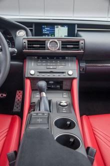 Lexus_RC_F_INT_03
