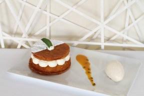 Ananas Béninois caramélisé aux épices sorbet vanille Bourbon