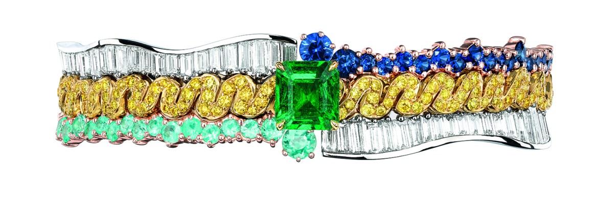 BRACELET TRESSE ÉMERAUDE JCAD93052 950/1000e platine, 750/1000e or jaune et rose, diamants, saphirs, diamants jaunes, tourmalines type Paraïba et émeraude