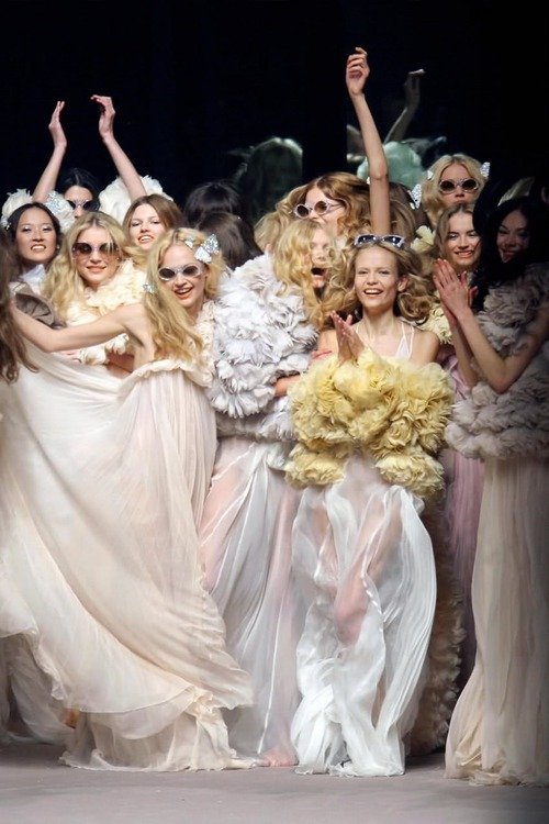 """Girls just wanna have fun !"" Finale Sonia Rykiel 2008"