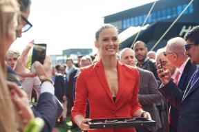 Bar Refaeli bringing the cissors