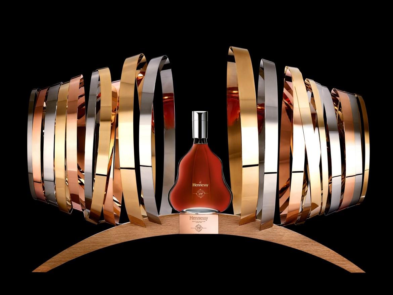 Coupe Hennessy 250 (beautyshot fond noir 2)