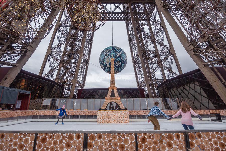 Patinoire_tour_Eiffel_2015-2016__E.Livinec-SETE_web