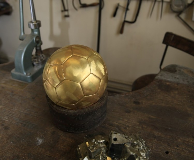 MAGAZINE BALLON D'OR