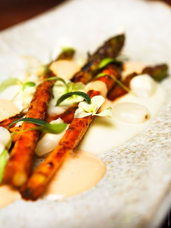 Anticucho d_asperges 02 BD @Alban Couturier
