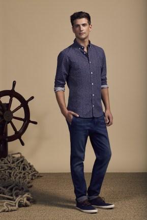 COM 2015 : Look-book Homme Printemps-Eté 2016 - Look 7 -chemise capri en coton sur chino en jean. Eden Park Spring-Summer 2016 Mens look-book - Look 7 - Capri cotton shirt on chino jeans.
