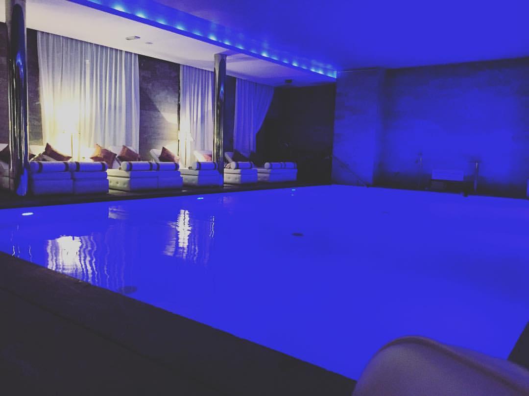 Les bains de l a luxsure for Les bains de lea spa
