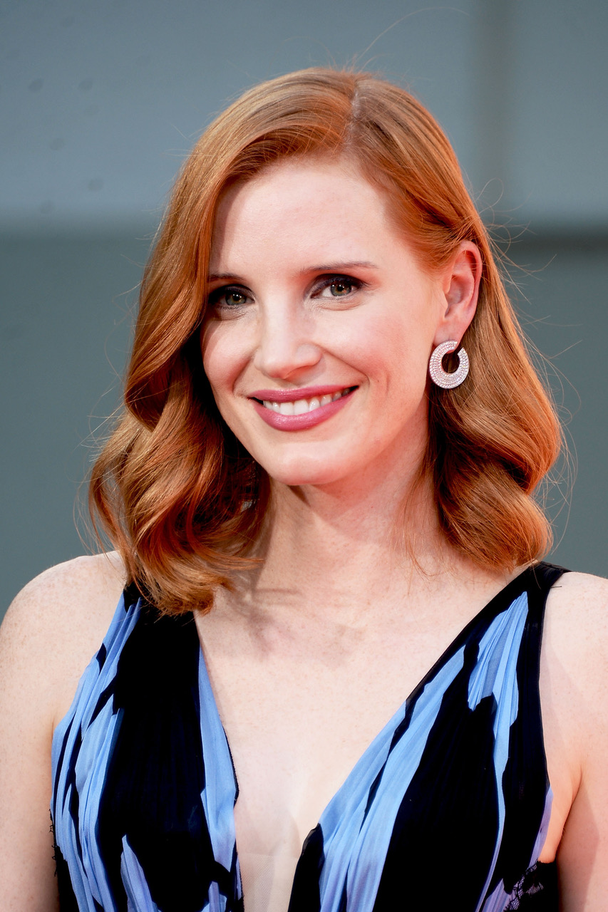 HOLLYWOOD, CA - NOVEMBER 03:  Actress Jessica Chastain poses for a photo during her Hand and Footprint Ceremony at TCL Chinese Theatre on November 3, 2016 in Hollywood, California.  (Photo by Matt Winkelmeyer/Getty Images)