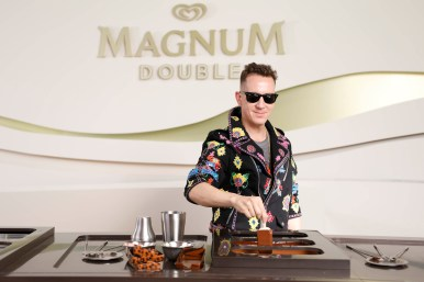 EDITORIAL USE ONLY Jeremy Scott, Moschino Creative Director, makes his own personalised Magnum at the Magnum x Moschino launch event in Cannes, France. PRESS ASSOCIATION Photo. Picture date: Thursday May 18, 2017. Photo credit should read: David Parry/PA Wire