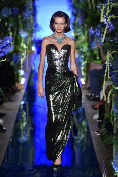 Guo Pei FW17-18 Couture- Look 21