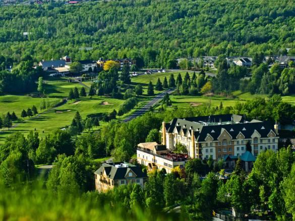 week-end en Estrie: Vin et détente au Domaine Château Bromont