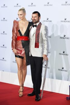 MILAN, ITALY - SEPTEMBER 20: Karlie Kloss and Robert Buchbauer attend Swarovski Crystal Wonderland Party on September 20, 2017 in Milan, Italy. (Photo by Stefania M. D'Alessandro/Getty Images for Swarovski) *** Local Caption *** Karlie Kloss; Robert Buchbauer
