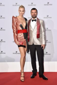 MILAN, ITALY - SEPTEMBER 20: Karlie Kloss and Robert Buchbauer attend Swarovski Crystal Wonderland Party on September 20, 2017 in Milan, Italy. (Photo by Jacopo Raule/Getty Images for Swarovski) *** Local Caption *** Karlie Kloss; Robert Buchbauer