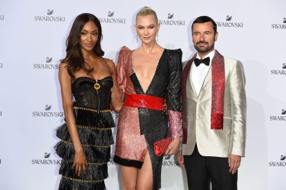 MILAN, ITALY - SEPTEMBER 20: Jourdan Dunn, Karlie Kloss and Robert Buchbauer attend Swarovski Crystal Wonderland Party on September 20, 2017 in Milan, Italy. (Photo by Stefania M. D'Alessandro/Getty Images for Swarovski) *** Local Caption *** Jourdan Dunn; Karlie Kloss; Robert Buchbauer