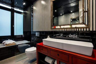 Banke Deluxe Room (3)