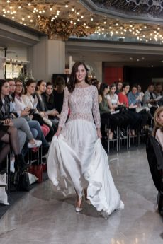 Look 19 - Robe Ibère, Margaux Tardits 3600€ Chez Maria Luisa Mariage au Printemps