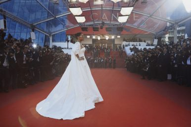 2017.05.19 on the red carpet of the Cannes Film Festival (6)