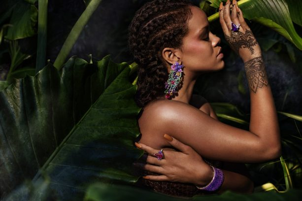 Rihanna straightening the pose wearing RIHANNA ♥ CHOPARD 1 (1)