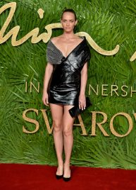 LONDON, ENGLAND - DECEMBER 04: Amber Valletta attends The Fashion Awards 2017 in partnership with Swarovski at Royal Albert Hall on December 4, 2017 in London, England. (Photo by Jeff Spicer/BFC/Getty Images)
