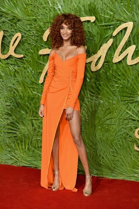 LONDON, ENGLAND - DECEMBER 04: Jourdan Dunn attends The Fashion Awards 2017 in partnership with Swarovski at Royal Albert Hall on December 4, 2017 in London, England. (Photo by Jeff Spicer/BFC/Getty Images)