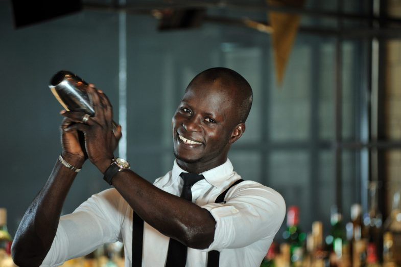 Barman_Teranga Lounge_Pullman Dakar Teranga
