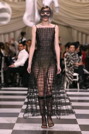 DIOR_HAUTE COUTURE_SPRING-SUMMER 2018_LOOK (18)