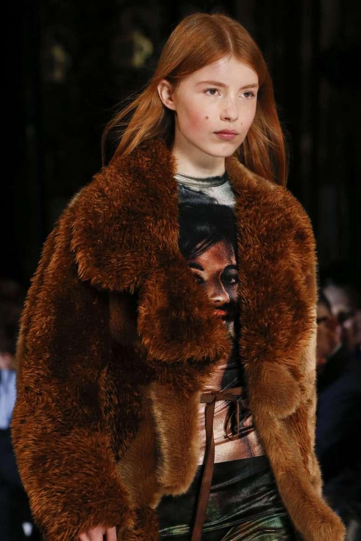 Manteau en fausse fourrure: manteau d'apparat vegan ?