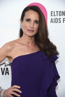 WEST HOLLYWOOD, CA - MARCH 04: Andie MacDowell attends the 26th annual Elton John AIDS Foundation Academy Awards Viewing Party sponsored by Bulgari, celebrating EJAF and the 90th Academy Awards at The City of West Hollywood Park on March 4, 2018 in West Hollywood, California. (Photo by Jamie McCarthy/Getty Images for EJAF)
