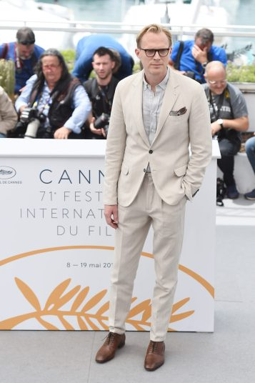 CANNES, FRANCE - MAY 15: Actor Paul Bettany attends the 'Solo: A Star Wars Story' official photocall at Palais des Festivals on May 15, 2018 in Cannes, France. (Photo by Antony Jones/Getty Images for Disney) *** Local Caption *** Paul Bettany