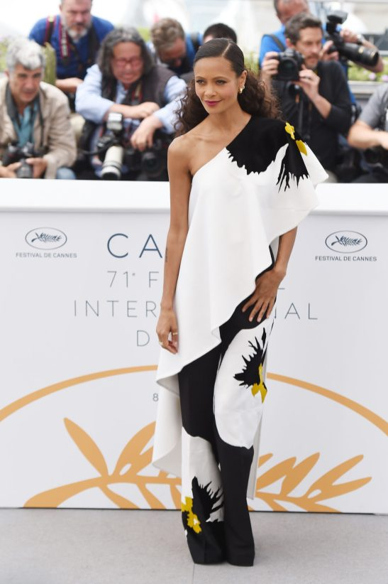 CANNES, FRANCE - MAY 15: Actress Thandie Newton attend the 'Solo: A Star Wars Story' official photocall at Palais des Festivals on May 15, 2018 in Cannes, France. (Photo by Antony Jones/Getty Images for Disney) *** Local Caption *** Thandie Newton