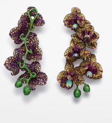848047-9001 Orchid earrings from the Red Carpet Collection