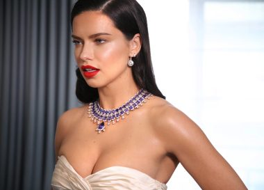 Adriana Lima featuring the Red Carpet Collection (2)