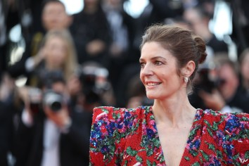 """French-Italian actress Chiara Mastroianni poses as she arrives on May 8, 2018 for the screening of the film """"Todos Lo Saben (Everybody Knows)"""" and the opening ceremony of the 71st edition of the Cannes Film Festival in Cannes, southern France. (Photo by Valery HACHE / AFP) (Photo credit should read VALERY HACHE/AFP/Getty Images)"""
