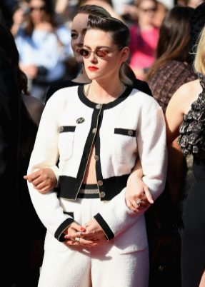 """CANNES, FRANCE - MAY 12: Kristen Stewart attends the screening of """"Girls Of The Sun (Les Filles Du Soleil)"""" during the 71st annual Cannes Film Festival at Palais des Festivals on May 12, 2018 in Cannes, France. (Photo by Venturelli/WireImage)"""