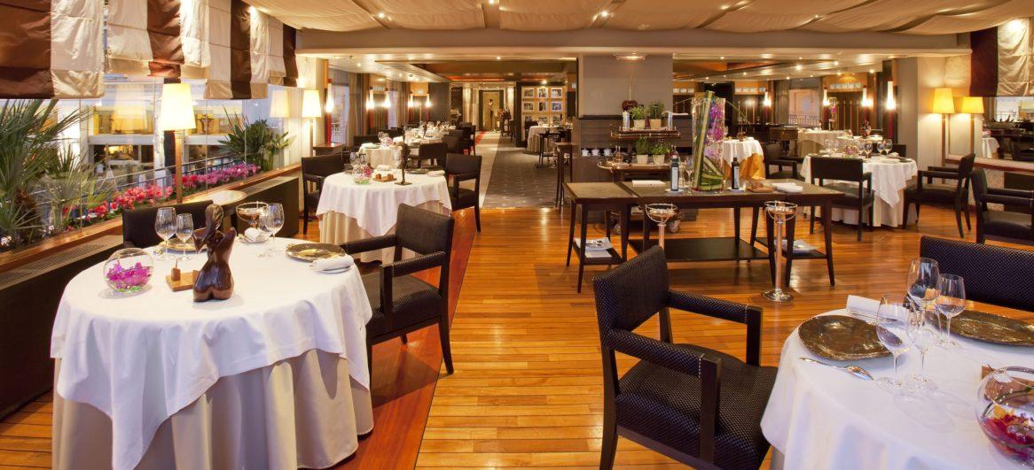 Restaurant Palme dOr (6) © Jerome Kelagopian