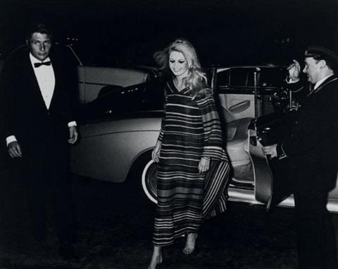 Brigitte Bardot pied Nu